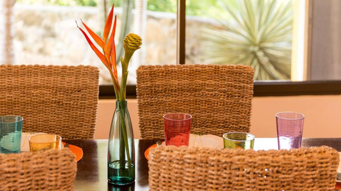 Villa 3_Dining Table2