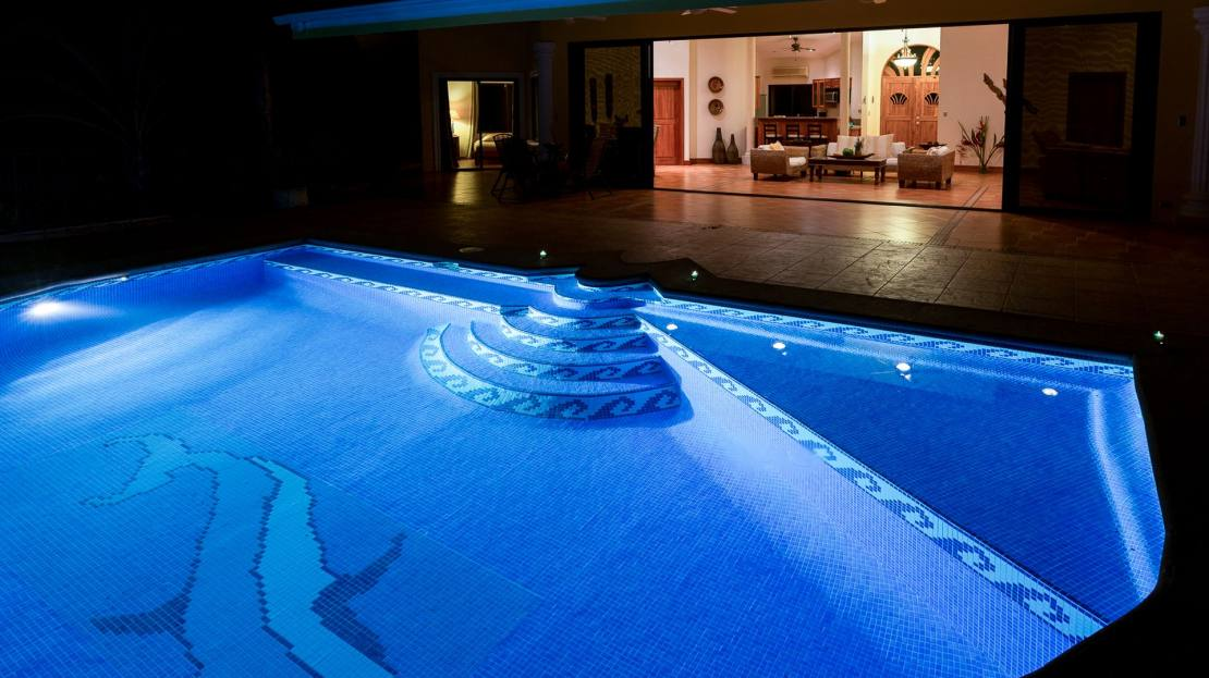 Villa 3_Pool at Night